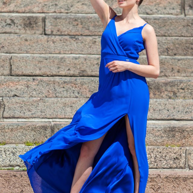 sukienka balowa długa